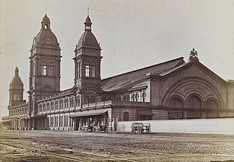 Union Station (Toronto) - Toronto's second Union Station several years after its opening in 1878.
