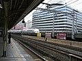 Shinkansen Goes by Yurakucho 2006-05-19.jpg