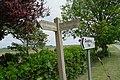 Signpost near Clough Bridge (geograph 4970564).jpg