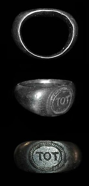 "Toutatis - Romano-British silver ring inscribed ""TOT"""