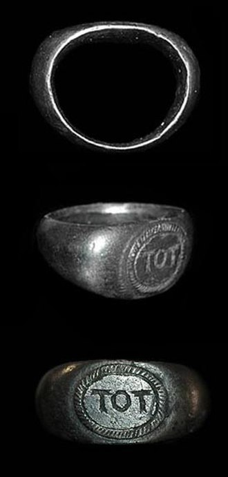 "Toutatis - Romano-British silver ring inscribed ""TOT"""