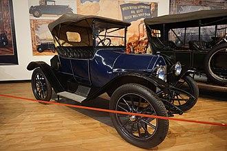 Monroe (automobile) - 1914 Monroe Model 165 at the Sloan Museum