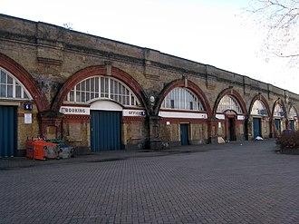 Spa Road railway station - Image: Spa Road railway station January 2012