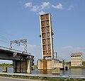 Spoorbrug Boudewijnkanaal R01.jpg
