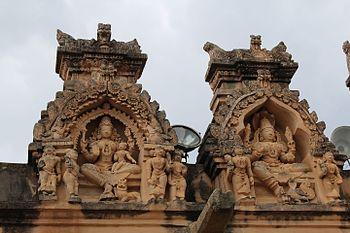 Sravana belagola idols.jpg