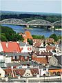 Stare Miasto w Toruniu, widok z wieży ratuszowej (widoczne Gdanisko zamku krzyżackiego) (Ola Z.).jpg