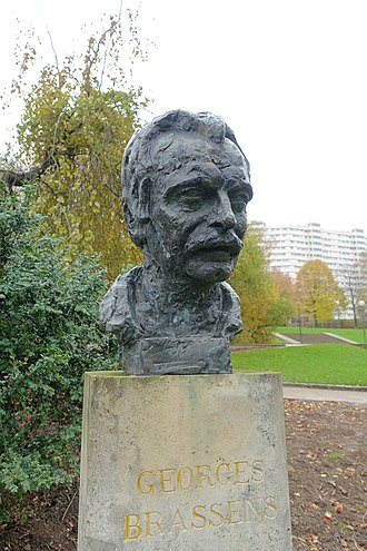 Georges Brassens - Bust of Brassens in the Parc Georges-Brassens in Paris
