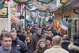 Den store gade i Sigtuna under det årlige julemarked