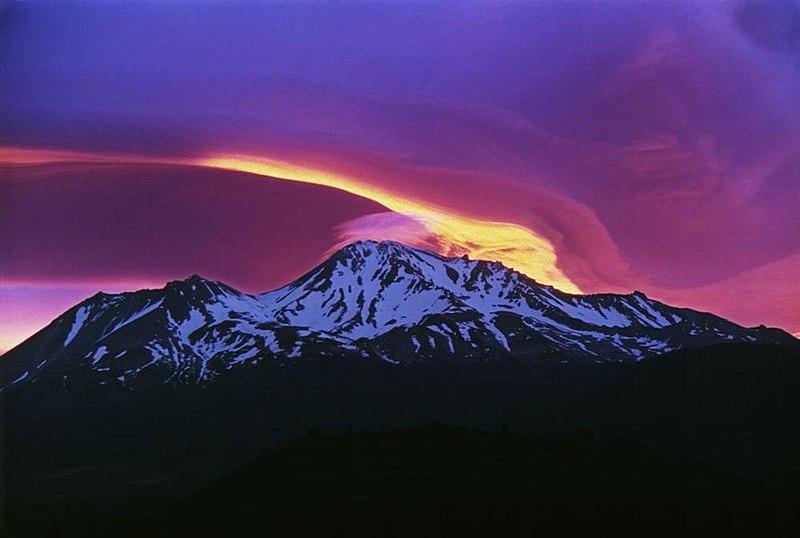File:Sunrise on Mount Shasta.jpg