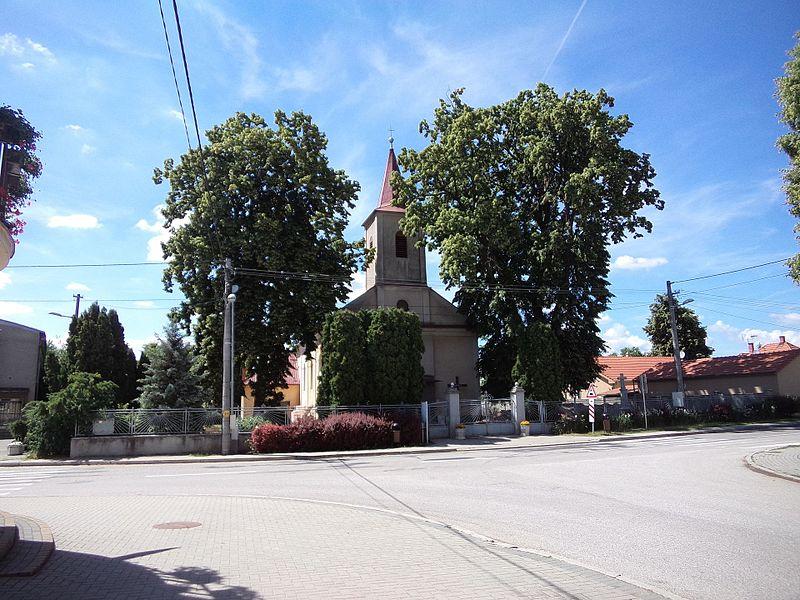 File:Szelepcsény templom 1.jpg