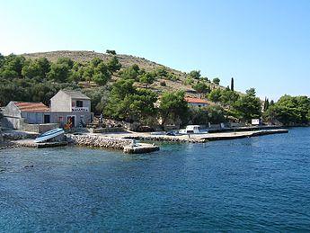Tavern on Katina island.jpg