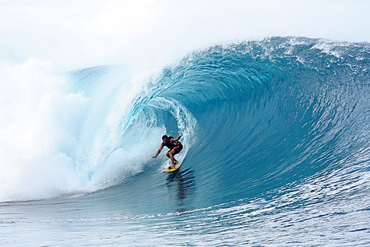 Tube riding at Teahupo'o (Tahiti) Teahupoo1.jpg