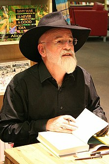 Terry Pratchett at Powell's 2007-cropped.jpg