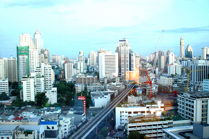 File:The Sukhumvit area Photo D Ramey Logan.jpg