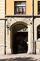The portal of Oskarsparken 11, Örebro.jpg