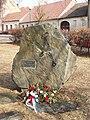 Tišnov, pomník obětem komunismu u kostela.jpg