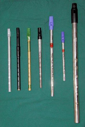 Tin whistle - Contemporary tin whistles in several keys