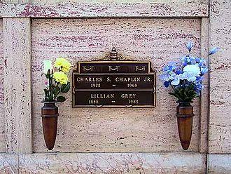 Charles Chaplin Jr. - Grave of Charles S. Chaplin Jr.