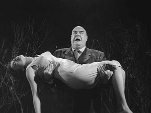 Zombie - Tor Johnson as a zombie with his victim in cult movie Plan 9 from Outer Space (1959)