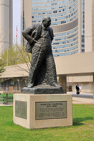 Toronto: Winston Churchill statue at City Hall...
