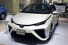 Aracın Toyota Alfard 2013e genel bakış