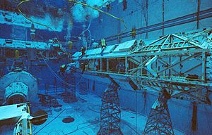 Underwater EVA simulation for STS-116.jpg
