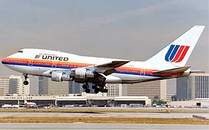 United Airlines - United Boeing 747SP in the 1974–1993 Rainbow Scheme