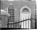 VIEW SOUTHEAST, DETAIL OF FRONT ENTRY AND WINDOW - Old Town Hall, 512 Market Street, Wilmington, New Castle County, DE HABS DEL,2-WILM,40-6.tif