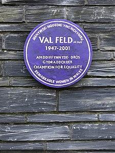 Val Feld plaque.jpg