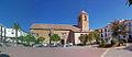 Valdepeñas de Jaén. Iglesia parroquial y plaza de la Constitución copia.jpg