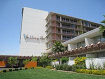 Valley Ho Hotel.jpg