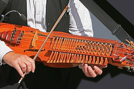 A nyckelharpa being played Vaxholm 8556 (1158877619).jpg