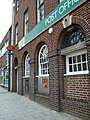 Victoria Road post office ... Old Town, Swindon. (3336122284) (2).jpg