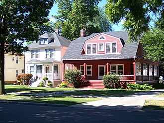 Grosse Pointe - Some of the historic homes that can be found in The City of Grosse Pointe