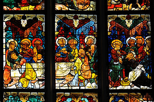 Viktring Stiftskirche Glasmalereien mittleres Fenster Letztes Abendmahl 07052011 114.jpg