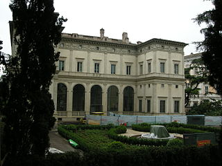 Villa Farnesina villa