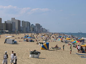 English: A view of the beach at Virginia Beach...