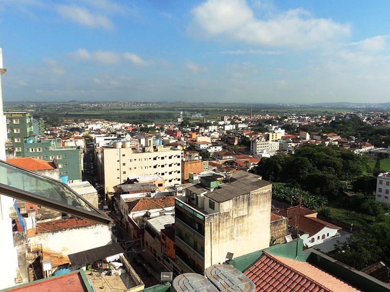 Ficheiro:Vista do Centro de Aparecida SP.JPG