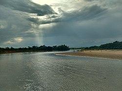 Vista en el rio Orteguaza.jpg