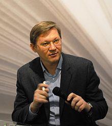 https://upload.wikimedia.org/wikipedia/commons/thumb/8/8c/Vladimir_Ryzhkov2-041211.jpg/220px-Vladimir_Ryzhkov2-041211.jpg