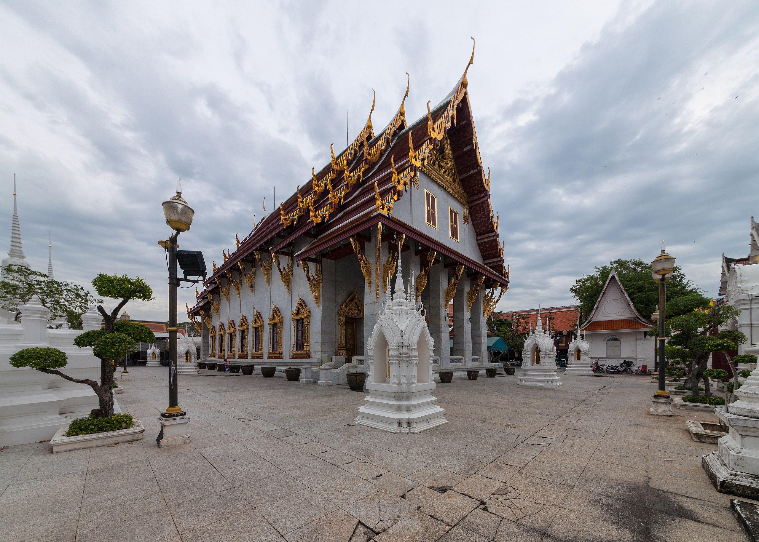 Wat Rakhang (I).jpg