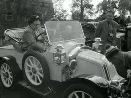 Bestand:Wedstrijd voor antieke auto's-517895.ogv