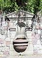 Weyer (Lays), Mais, Meran - Brunnen am Leysn Hof.JPG