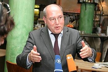 Gregor Gysi im Interview mit ARD und ZDF