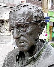 Close up of Allen's statue in Oviedo