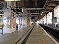 Wu Kai Sha Station Platform 201108.jpg