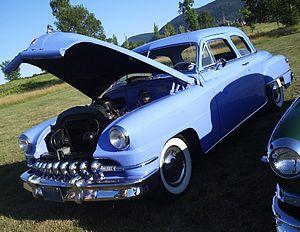DeSoto Deluxe - Image: '52 De Soto (Auto classique VAQ Mont St Hilaire '11)
