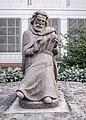 Калининград - Зоопарк - Памятник Вальтеру фон дер Фогельвейде.jpg