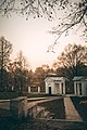 Школа имени Л.Н. Толстого в Ясной Поляне.jpg