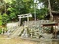 高取町丹生谷 春日神社 Kasuga-jinja, Niudani 2011.5.13 - panoramio.jpg